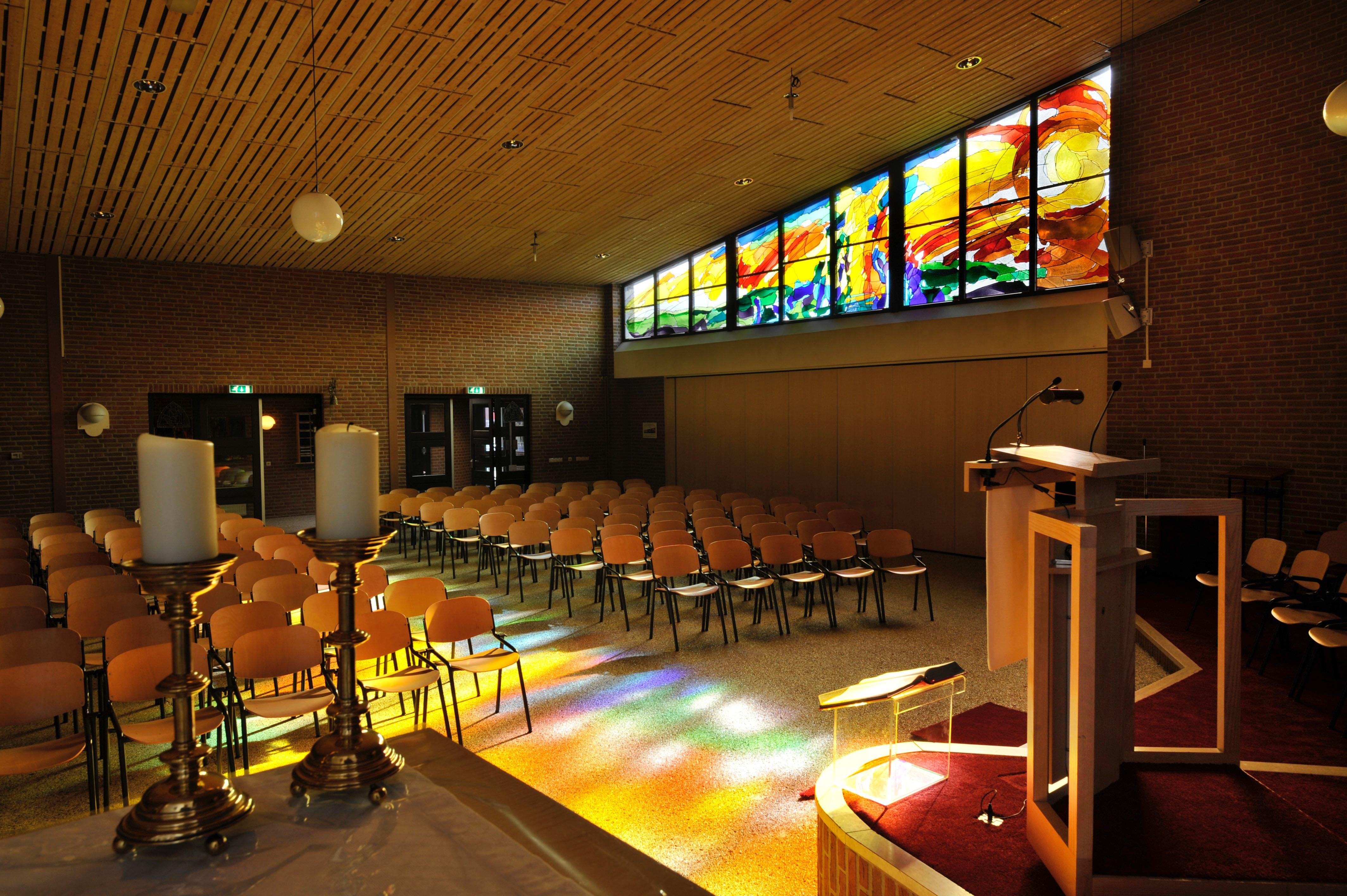 10 meter breed glas-in-loodraam in Hengelo
