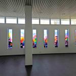 Negen ramen voor 'De Amandelboom' in Kampen | Atelier Galerie Annemiek Punt Ootmarsum, Glaskunst en Schilderkunst