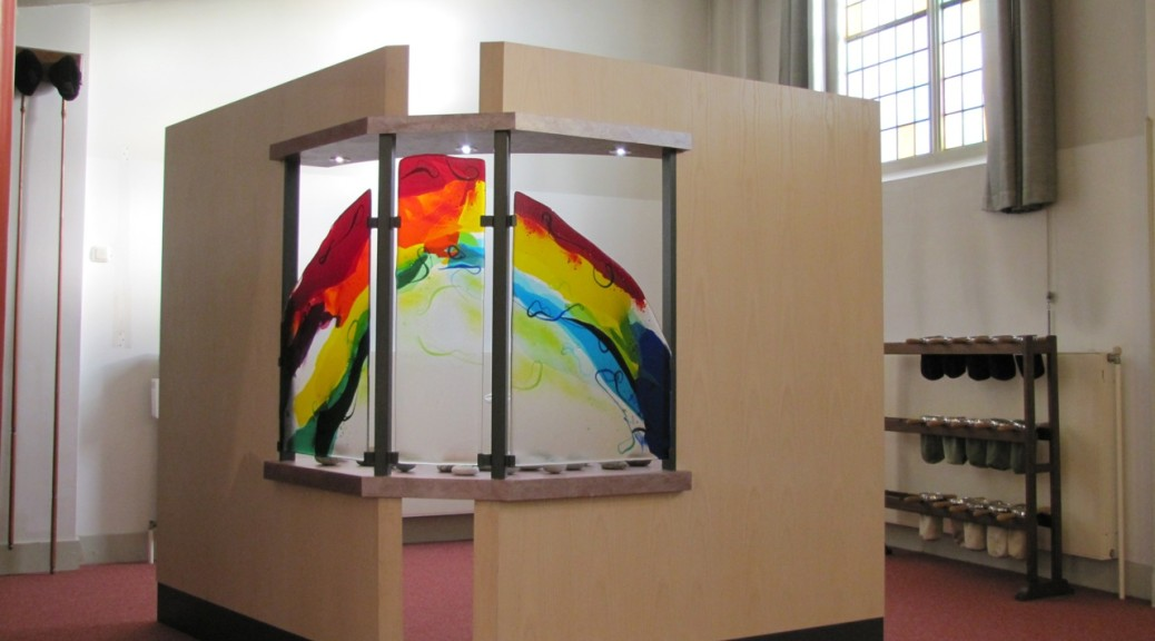 Gedachtenishoek Oosterkerk Zwolle | Atelier Galerie Annemiek Punt Ootmarsum Glas & Schilder Kunst