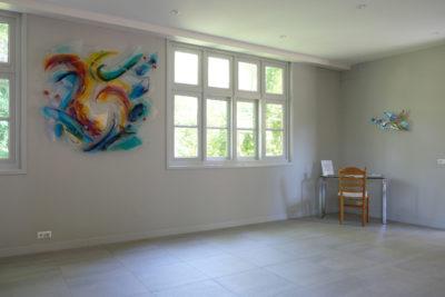 Glaskunstwerk van Annemiek Punt in de Bergkerk in Hoogvliet | Atelier Galerie Annemiek Punt in Ootmarsum